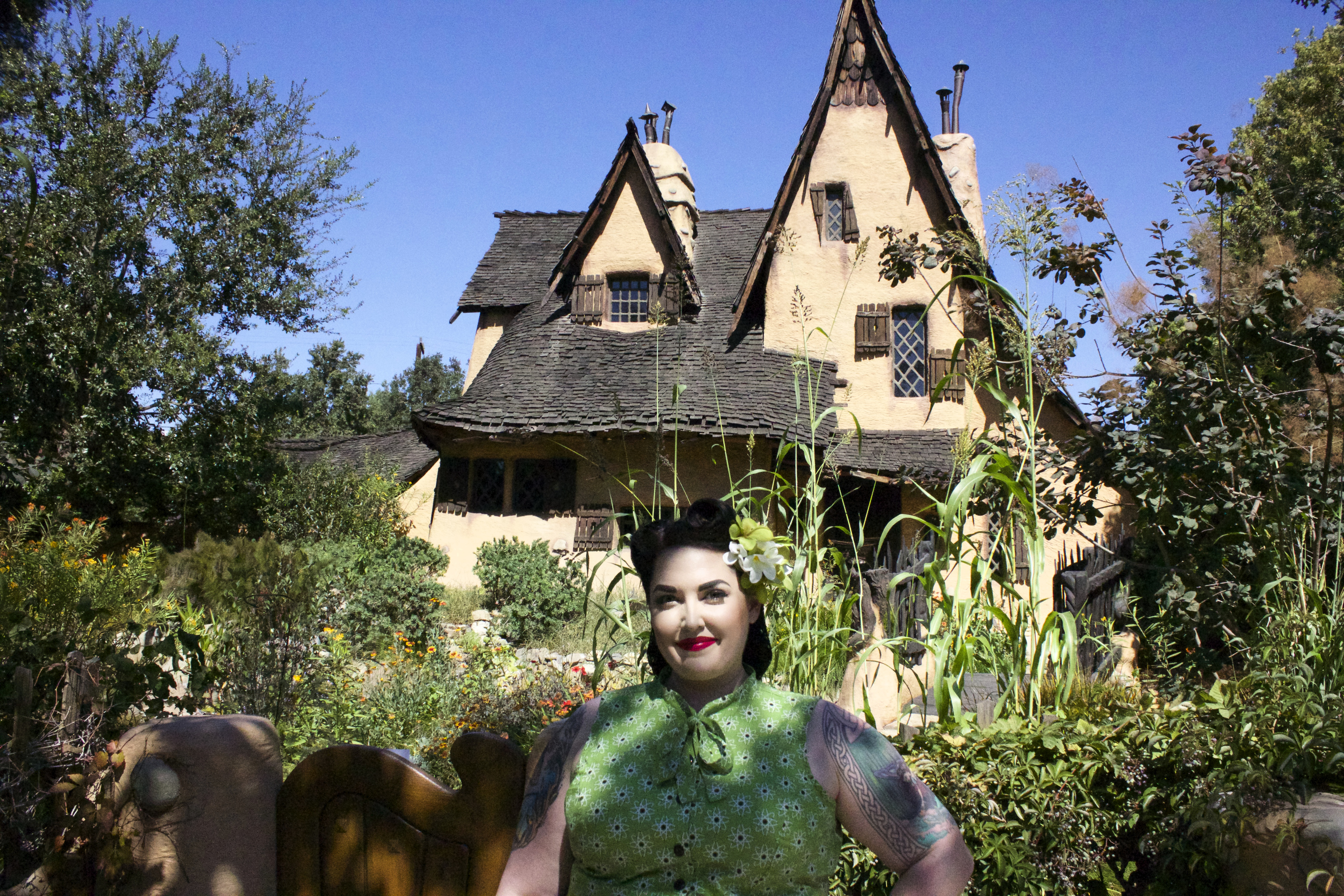 Trick or treat musings of a chronically overdressed dame - Hansel home ...