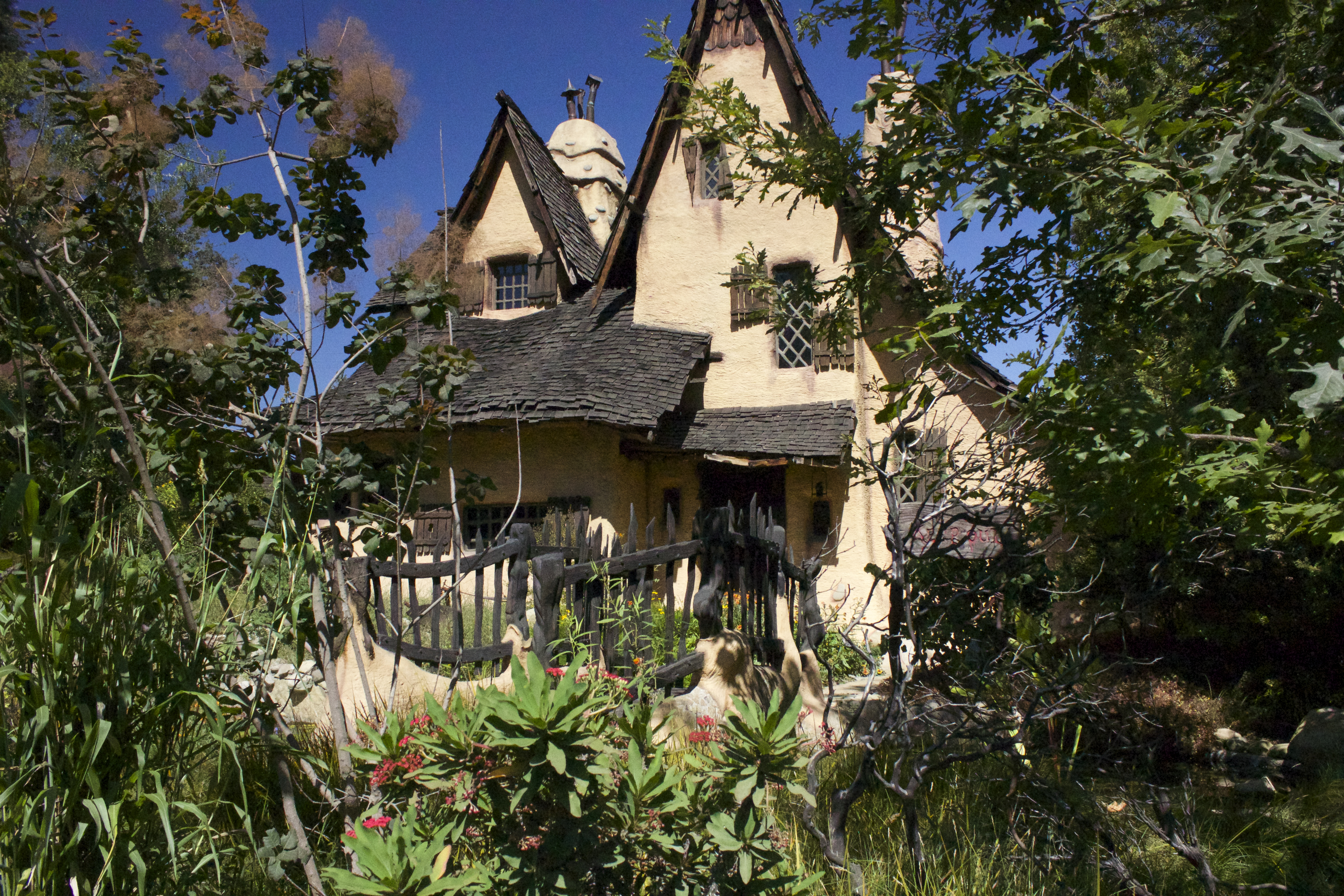 The witch house of beverly hills musings of a - Hansel home ...